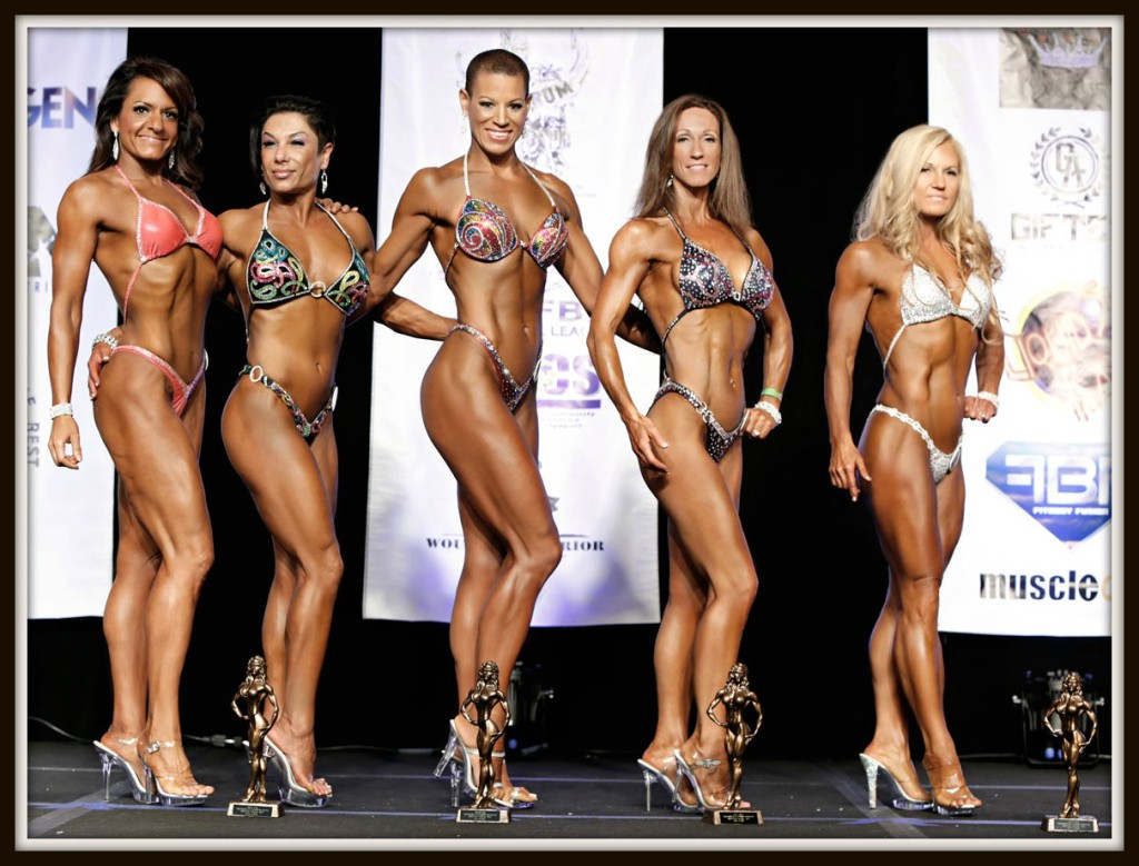 Here I am with the top 5 winners in the Masters Figure 35+ class. I'm actually the oldest one there at age 53. I'm in 5th place.